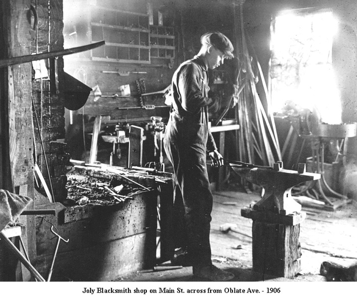 CA7680_Blacksmith_Joly2_1906.jpg